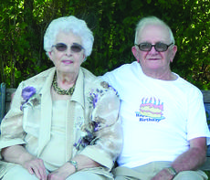 """<div class=""""source""""></div><div class=""""image-desc"""">Mary Lou Humes and Clifford Owen</div><div class=""""buy-pic""""><a href=""""/photo_select/27739"""">Buy this photo</a></div>"""