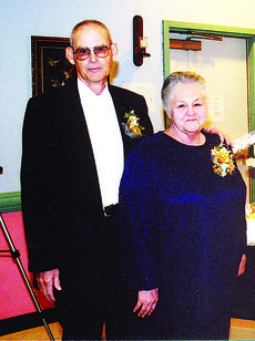 "<div class=""source""></div><div class=""image-desc"">Ronnie and Margaret Gowen</div><div class=""buy-pic""></div>"