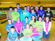 """<div class=""""source""""></div><div class=""""image-desc"""">Hodgenville Elementary School Beta Club raised $1,292 for Big Brothers/Big Sisters. Not only did the students help our community but also enjoyed  a  fun-filled afternoon of bowling, winning door prizes, dancing and eating pizza with friends. The event wa</div><div class=""""buy-pic""""><a href=""""http://web2.lcni5.com/cgi-bin/c2newbuyphoto.cgi?pub=029&orig=Beta%2BClub.jpg"""" target=""""_new"""">Buy this photo</a></div>"""