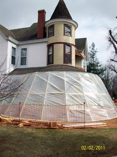 "<div class=""source"">Ron Benningfield</div><div class=""image-desc"">Protected by a plastic shelter, neither rain, sleet, nor snow have deterred Eddie Black from working throughout the winter on restoring the old D.H. Smith house on Greensburg Street in Hodgenville.</div><div class=""buy-pic""><a href=""/photo_select/13513"">Buy this photo</a></div>"