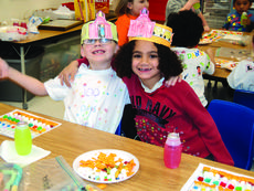 """<div class=""""source""""></div><div class=""""image-desc"""">Hodgenville Elementary kindergarten pupils Hunter Kirkland and Cody Love celebrated the 100th day of school on Jan. 24. Their teachers are Tracy Tharp and Ms. Carol. </div><div class=""""buy-pic""""><a href=""""/photo_select/25489"""">Buy this photo</a></div>"""