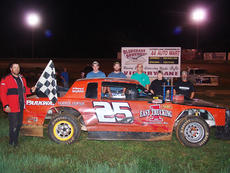 """<div class=""""source"""">Submitted</div><div class=""""image-desc"""">Billy Meredith of Hodgenville scored the victory at Bluegrass Speedway to win Bob Jones Tribute for the WBRT 1320-AM UMP Sportsman division.</div><div class=""""buy-pic""""><a href=""""http://web2.lcni5.com/cgi-bin/c2newbuyphoto.cgi?pub=029&orig=W-Billy%2BMeredith.jpg"""" target=""""_new"""">Buy this photo</a></div>"""