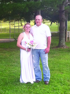 """<div class=""""source"""">Submitted photo</div><div class=""""image-desc"""">Danielle Lee Lobb and Eddie Ray Dockery</div><div class=""""buy-pic""""><a href=""""/photo_select/29009"""">Buy this photo</a></div>"""