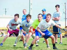 """<div class=""""source"""">Mark Bandurske</div><div class=""""image-desc"""">From left, Hawks Judd Lee, Matt Smith, Lane Smith and Travis Crim participate in a base-running drill.</div><div class=""""buy-pic""""><a href=""""/photo_select/3706"""">Buy this photo</a></div>"""