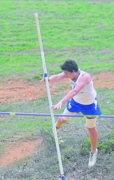 "<div class=""source"">Richard RoBards</div><div class=""image-desc"">Brandon Dyson will compete in the pole vault at the state meet. </div><div class=""buy-pic""><a href=""http://web2.lcni5.com/cgi-bin/c2newbuyphoto.cgi?pub=029&orig=brandon%2Bdyson%2BRR%2Bpole%2Bvault.jpg"" target=""_new"">Buy this photo</a></div>"