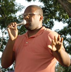 "<div class=""source"">Will Phillips</div><div class=""image-desc"">Campbellsville University alumnus Demarcus Compton leads praise and worship during the prayer vigil.</div><div class=""buy-pic""><a href=""/photo_select/36890"">Buy this photo</a></div>"