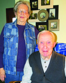 """<div class=""""source"""">Ron Benningfield</div><div class=""""image-desc"""">Charles """"Red"""" and Phyllis Hazle celebrated 60 years of marriage New Year's Eve.</div><div class=""""buy-pic""""><a href=""""/photo_select/39578"""">Buy this photo</a></div>"""