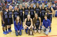 "<div class=""source"">David Dawson</div><div class=""image-desc"">The Lady Hawks posed with their 5th Region runner-up trophy. Front from left, Noel Sarhan, Ivy Brown, Ally Evans, Samantha Drake; back, Shakeya Washington, Hunter Holt, Mallory Williams, Delany Eastridge, Kristina Durbin, Tessa Yingling, Alexis Brewer, Presley Brown and Allison Yingling.</div><div class=""buy-pic""></div>"