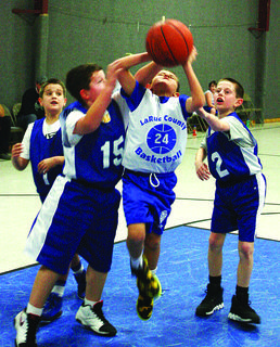 Daniel Snodgrass put up a shot in the AAU Tournament.