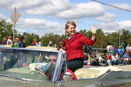 Secretary of State Elaine Walker was grand marshal of the parade.