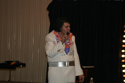 Joseph Williams, an Elvis presenter, opened the show.