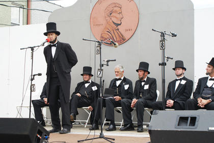 Larry Elliott of Louisville took his turn at the microphone during the Lincoln Look-Alike Contest.