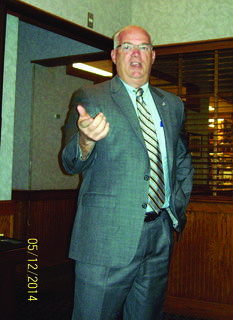 Senator Dennis Parrett spoke at the May 12 meeting of Kentucky Public Retirees, Lincoln Trail Chapter. He updated the group about the recent legislative session. The Lincoln Trail Chapter of KPR meets at 11:30 a.m. on the second Monday of each month at Ryan's Family Steak House in Elizabethtown.