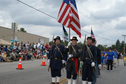 Fort Duffield presenters from West Point walked in the parade.