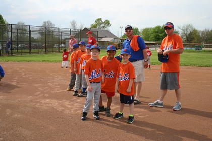 Hayden Clark, Jonus Bennett and Cameron Beams, members of the Mets, waited for the first pitch to be thrown.