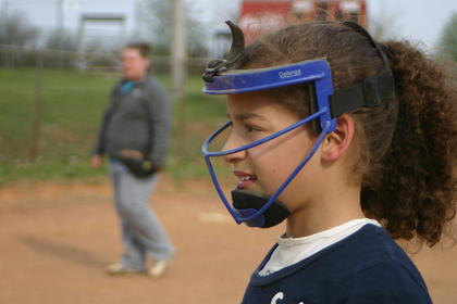 Maleah English, a pitcher for the Elemonaters, practiced with her team Monday.