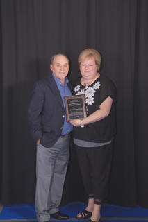 The 2016 Outstanding Business of the Year award was presented to Mike and Becky Estes, Lee's Famous Recipe located in Hodgenville, KY. The award is given to those who unselfishly opens and /or promotes avenues of growth and development for other individuals or businesses in our community.