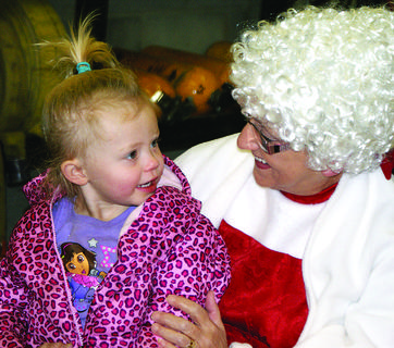Abbigale Burden visited with Mrs. Claus.
