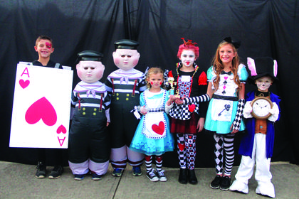 Family/Group Theme:  Funniest winners were 'Alice in Wonderland'. Davis, Dobson, and White family.