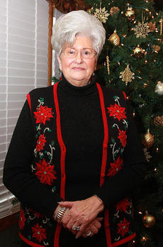 "<div class=""source"">Landmark News Service</div><div class=""image-desc"">Marilyn Mullins</div><div class=""buy-pic""><a href=""/photo_select/39158"">Buy this photo</a></div>"
