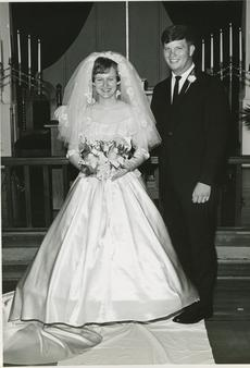 """<div class=""""source"""">Submitted Photo</div><div class=""""image-desc"""">Larry and Sandra Bell then  </div><div class=""""buy-pic""""><a href=""""/photo_select/64532"""">Buy this photo</a></div>"""