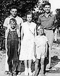 "<div class=""source""></div><div class=""image-desc"">Estel Myers and his siblings</div><div class=""buy-pic""></div>"