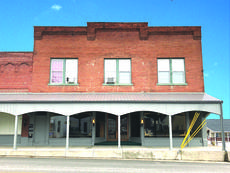 "<div class=""source"">Zackerie Fairfax</div><div class=""image-desc"">The Historic Garrett's Jewelry building will soon be the home of Vibe Coffee's new Hodgenville Location.</div><div class=""buy-pic""><a href=""/photo_select/61974"">Buy this photo</a></div>"