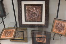 "<div class=""source"">Photo by Ben Loyall</div><div class=""image-desc"">Thomas Hammett's artwork on display at the LaRue County Public Library.</div><div class=""buy-pic""><a href=""/photo_select/63386"">Buy this photo</a></div>"
