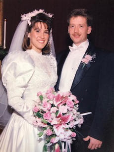 """<div class=""""source"""">Submitted Photo</div><div class=""""image-desc"""">Paul and Wendy Childress then.</div><div class=""""buy-pic""""><a href=""""/photo_select/64175"""">Buy this photo</a></div>"""