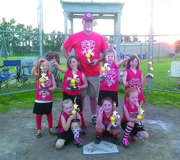 The Red Team, coached by Phillip Hall, were U6 preseason tournament, league and end of season tournament champs. Their record was 10-2.