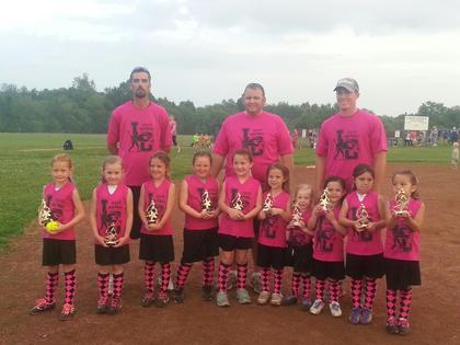 The 6U Diamond Divas are Jenna McBride, Brylee Dobson, Rylee Carr, Kinlee McDowell, Payton Heath, Mackenzey Rucker, Ava Warren, Victoria Duran, Emily Hansen and Kaylee Warren. Coaches are Bobby Dobson, Tyler Hornback, Josh McDowell and Jerry McBride.