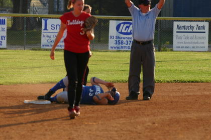 Sophomore Courtney Johnson safe at second