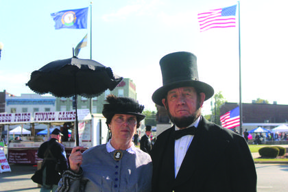 Mary Todd Lincoln (Sue Wright) and Abraham Lincoln (Tom Wright) were in shock of all the changes made to Hodgenville since he was a child.