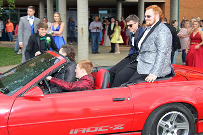 Bryson Puyear, Tucker Shelton, Dalton Underwood, and Layne Gibson arrive to prom in style.