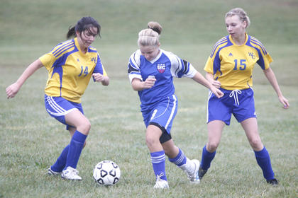LaRue County High School sophomore Abby Modrowski split Washington  
